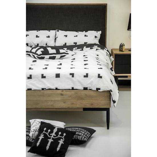 FYND - Starck King Bed