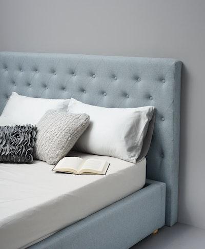 Dustin Queen Bed - Aquamarine - Image 2